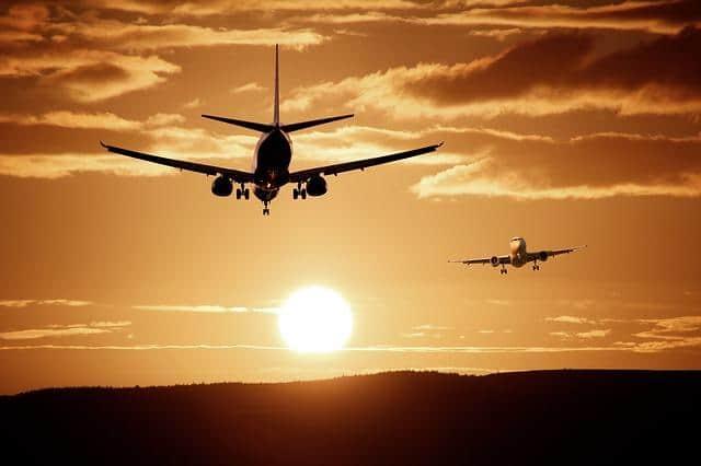 D:\Mis documentos\Descargas\aircraft-513641_640.jpg
