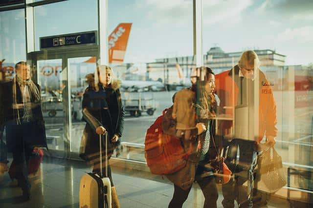 D:\Mis documentos\Descargas\airport-731196_640.jpg