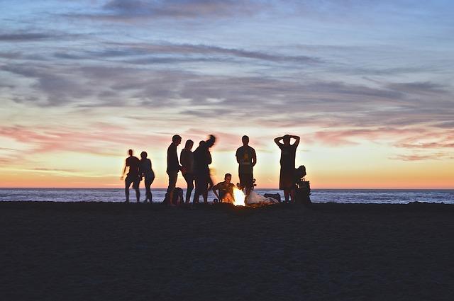 D:\Mis documentos\Descargas\campfire-984020_640.jpg