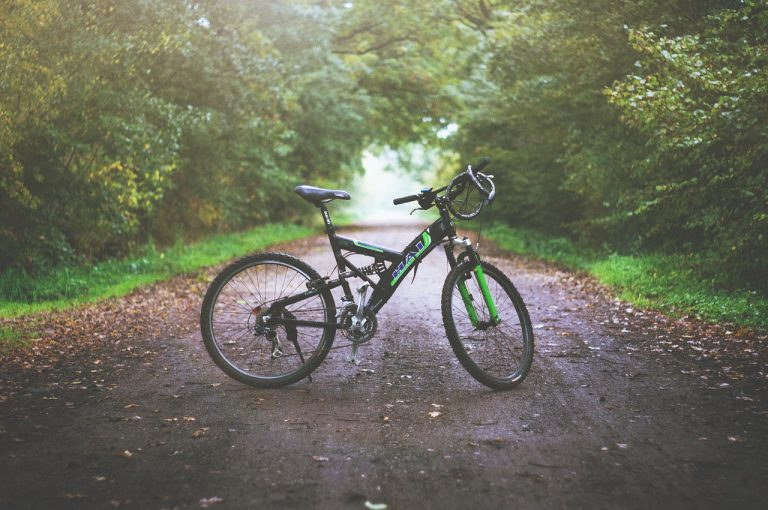 15+ Best Bikes for 300lb Man  – All Bikes for Heavy Riders!