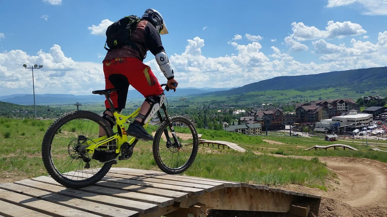 downhill mountain bike for heavy riders