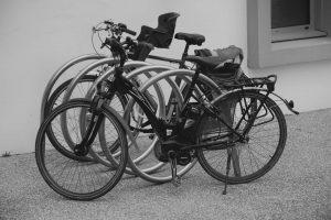 hybrid vs road bike